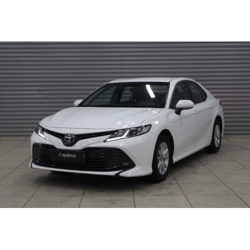 Toyota Camry 2.5 AT 2020г.