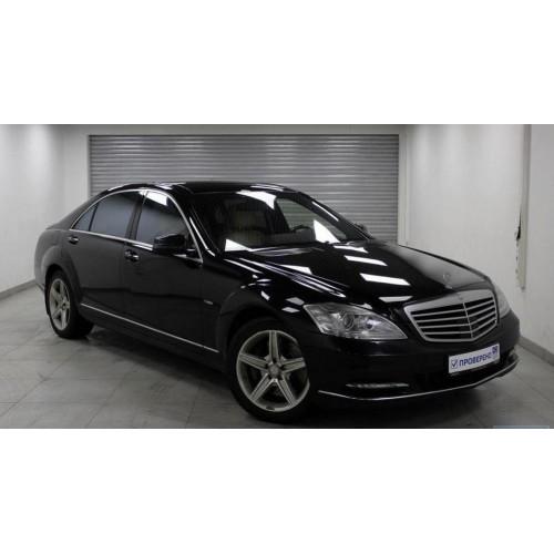 Mercedes-Benz S500 W221 2012 г. (с водителем)